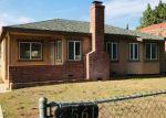 Foreclosed Home en TYROLITE ST, Riverside, CA - 92509