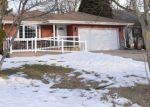 Foreclosed Home en S BUCKHORN AVE, Cudahy, WI - 53110
