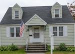 Foreclosed Home en WINDSOR AVE, Stratford, CT - 06614