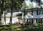 Foreclosed Home en EDGEWOOD DR, Defiance, OH - 43512