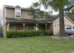 Foreclosed Home en SUNNY RIDGE DR, Houston, TX - 77095