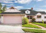 Foreclosed Home en ONAKNOLL AVE, Los Angeles, CA - 90043