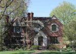 Foreclosed Home en PEMBERTON RD, Grosse Pointe, MI - 48230