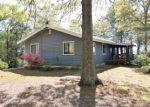 Foreclosed Home en BULL CREEK DR, Lancaster, VA - 22503