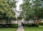 Foreclosed Home en GREENBRIER DR, Dallas, TX - 75225