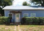 Foreclosed Home en B J MAYES RD, Bastrop, TX - 78602