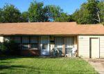 Foreclosed Home en EISENHOWER DR, Dallas, TX - 75224