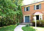 Foreclosed Home en GOLDEN IRIS CT, Springfield, VA - 22153