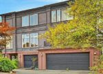 Foreclosed Home en 11TH AVE W, Seattle, WA - 98119