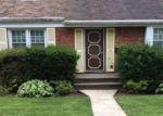 Foreclosed Home en GRANT AVE, Baldwin, NY - 11510