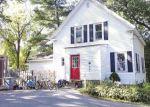 Foreclosed Home en EDGEWOOD TER, Methuen, MA - 01844