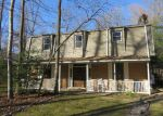 Foreclosed Home en SURRY LANDING DR, Spring Grove, VA - 23881