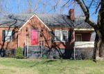Foreclosed Home en HIGH ST, Dickson, TN - 37055