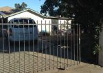 Foreclosed Home en S LARGO AVE, Compton, CA - 90222