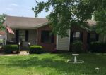 Foreclosed Home en SUMMER HILL LN, La Vergne, TN - 37086