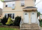 Foreclosed Home en 220TH ST, Springfield Gardens, NY - 11413