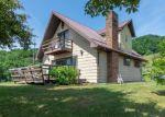 Foreclosed Home en FLATRIDGE RD, Troutdale, VA - 24378