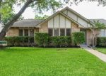 Foreclosed Home en PARK VALLEY DR, Katy, TX - 77450