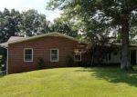 Foreclosed Home en IRON RIDGE RD, Rocky Mount, VA - 24151