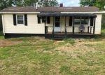 Foreclosed Home en ELON RD, Monroe, VA - 24574