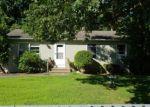 Foreclosed Home en WHEELER RD, Hauppauge, NY - 11788