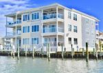 Foreclosed Home en CAPTAINS LN, Chincoteague Island, VA - 23336
