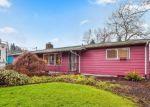 Foreclosed Home en N MAPLE ST, Kelso, WA - 98626