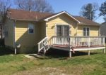 Foreclosed Home en W MARYLAND AVE, Crewe, VA - 23930