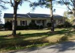 Foreclosed Home en PONY DR, Hayes, VA - 23072