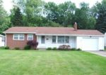 Foreclosed Home en EDENRIDGE DR, Youngstown, OH - 44512