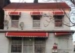 Foreclosed Home en E 218TH ST, Bronx, NY - 10467