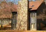 Foreclosed Home en LOCH HAVEN DR, Roanoke, VA - 24019