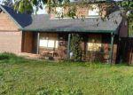 Foreclosed Home en SHERWOOD FOREST DR, El Sobrante, CA - 94803