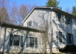 Foreclosed Home en IDLEWOOD DR, Brodheadsville, PA - 18322
