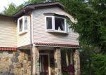 Foreclosed Home en BIRCH TREE LN, Swiftwater, PA - 18370