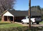 Foreclosed Home en DIXON DR, Cleveland, GA - 30528