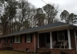 Foreclosed Home en NIVRAM RD, Petersburg, VA - 23805