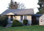 Foreclosed Home en S 15TH ST, Tacoma, WA - 98405