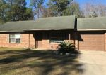 Foreclosed Home in DEANN DR, Hinesville, GA - 31313