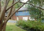 Foreclosed Home en ARDEN DR SW, Marietta, GA - 30008