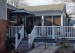Foreclosed Home en ELMBROOK RD, Richmond, VA - 23228