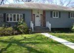Foreclosed Home en GANNET DR, Commack, NY - 11725