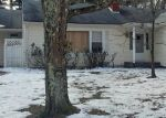 Foreclosed Home en CANTRELL AVE, Middletown, NY - 10940