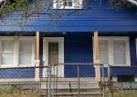 Foreclosed Home en AVENUE H, Houston, TX - 77011