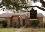 Foreclosed Home en HAVENPARK DR, Houston, TX - 77059