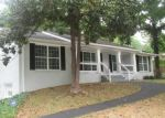 Foreclosed Home en OAKCREST DR SW, Atlanta, GA - 30311