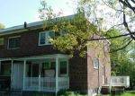 Foreclosed Home en FAIRFAX RD, Baltimore, MD - 21216