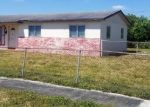 Foreclosed Home en NW 212TH TER, Opa Locka, FL - 33056