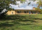 Foreclosed Home en CHESTNUT RIDGE RD, Chilhowie, VA - 24319