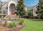 Foreclosed Home en DEMERIES LAKE LN, Richmond Hill, GA - 31324